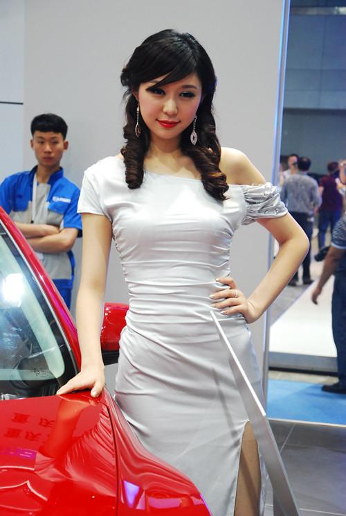 2013重庆车展车模组图三 高清图片