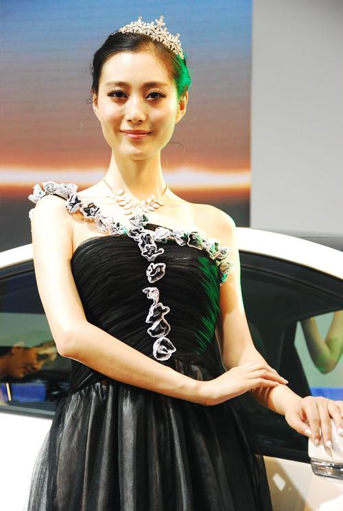 2013重庆车展车模组图七 高清图片