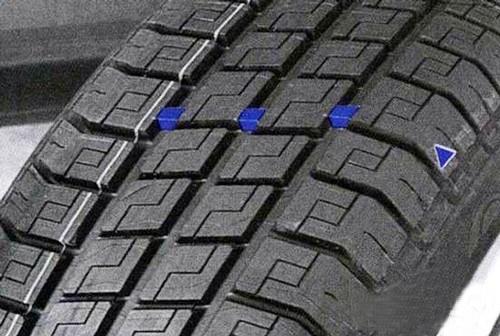 轮胎花纹深度低于1.6mm时要更换